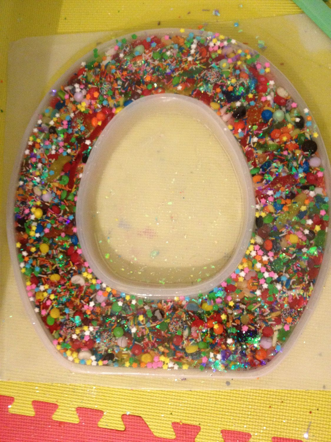 resin candy toilet seat via etsy unboring. Black Bedroom Furniture Sets. Home Design Ideas