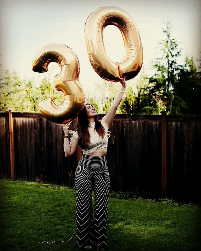 30th Photoshoot Ideas (With Images)