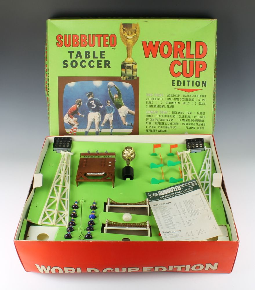 Lot 250 A Subbuteo World Champion Edition Football Game Top Tray Fitted 2 Floodlights Scoreboard World Cup Retro Toys Childhood Toys Childhood Memories 70s