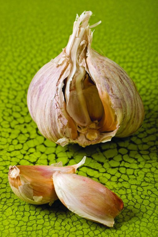 National Garlic Day is a great reason to get garlicky - Fairbanks Daily News-Miner: Food