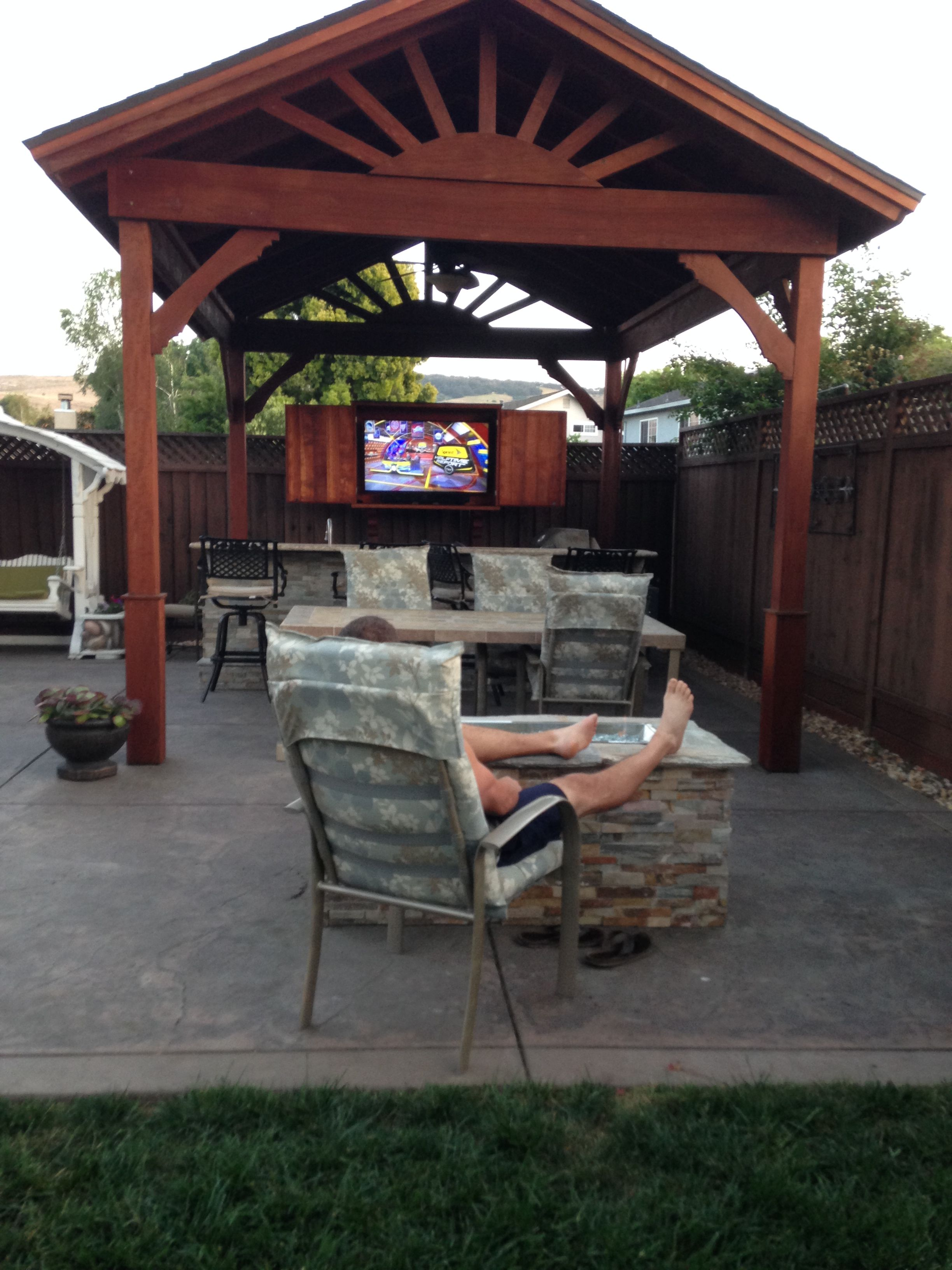 Kick Off The Football Season By Installing An Outdoor Tv Here Is 5 Things You Should Consider Before Install Your