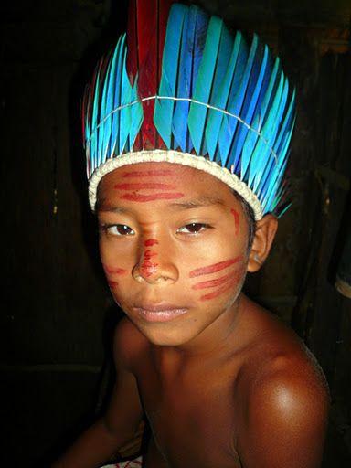 Tucano tribe, close by Manaus.... photo by JuhaBahia www.tripbrasil.com