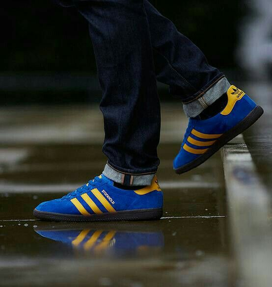 Adidas Stockholm on the street - brilliant photo with reflection ...