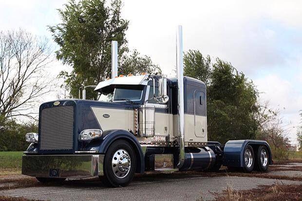 Blue And White Peterbilt Peterbilt Big Trucks Trucks