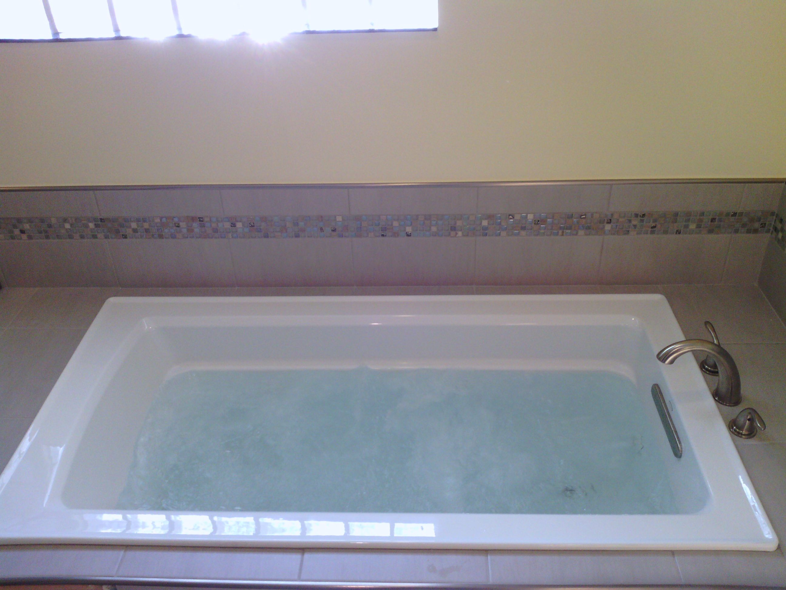 Kohler Whirlpool Bathtub | Bathrooms and kitchens | Pinterest ...