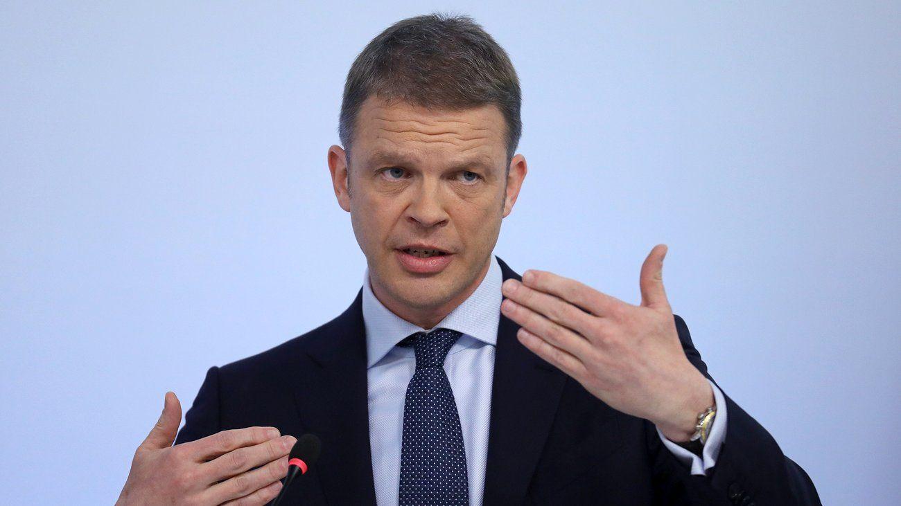 """Deutsche Bank Sewing appelliert an """"Jägermentalität"""