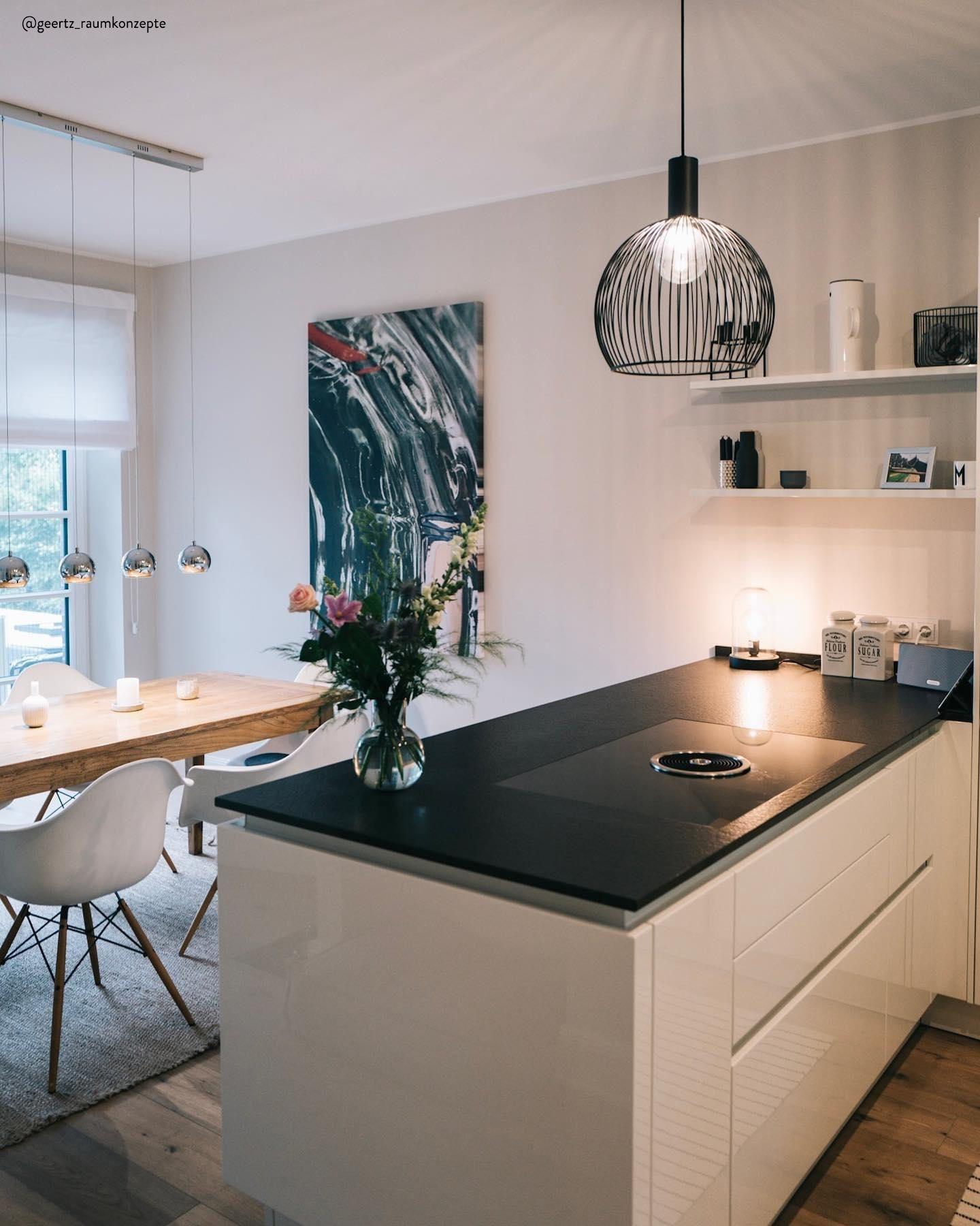 Pin Von Meltem Shoaee Auf House Beautiful In 2020 Kuchenstil Kuchen Design Haus Deko