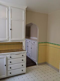 1930s kitchen with original cabinets and tile (167 Harvard ...