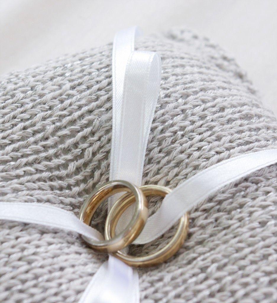 Hochzeits-Special Ringkissen stricken DIY Anleitung nah | Projekt ...