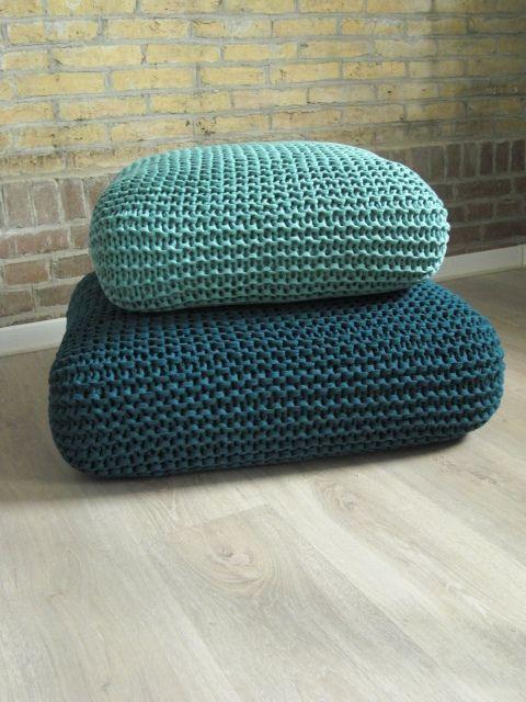 Puffs Con Forros Tejidos A Mano Almofadas De Trico Travesseiros Velhos Almofadas De Chao