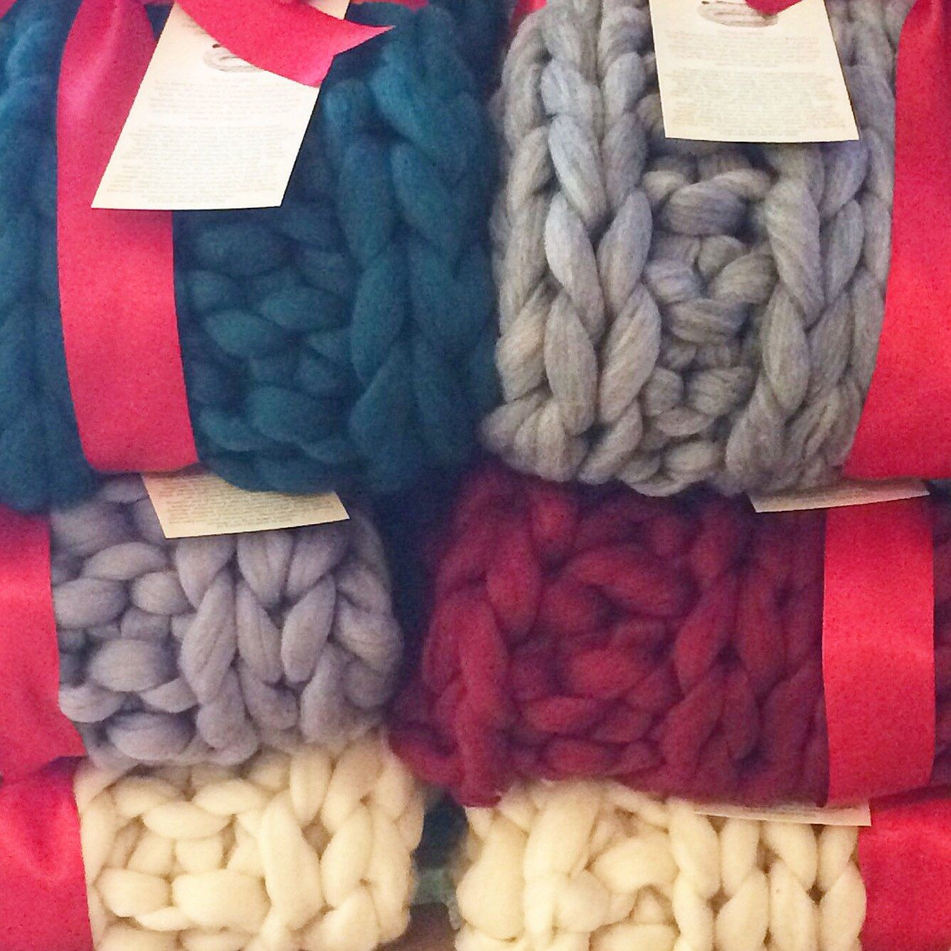 Super Chunky Knit Throw Blanket, COLOR, Pure Merino Wool