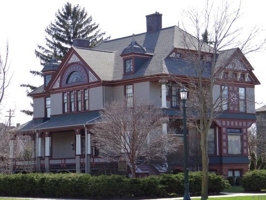 Michigan S Hidden Architecture Victorian Homes Old Victorian Homes Architecture