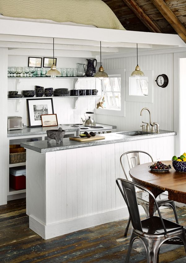 small seaside cottage kitchen // captain jack\'s wharf | Costa Rica ...