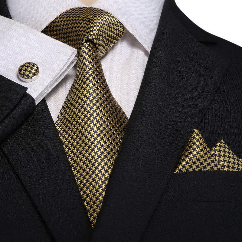 Pocket Square - Woven Jacquard silk in solid light yellow Notch