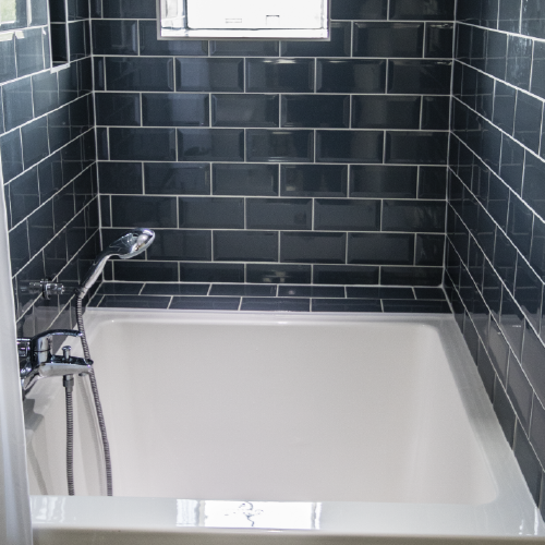 Duo | Japanese soaking tubs, Small bathroom and Tubs