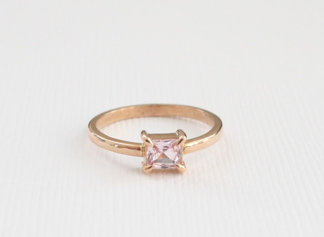Princess cut padparadscha sapphire solitaire ring in k rose gold
