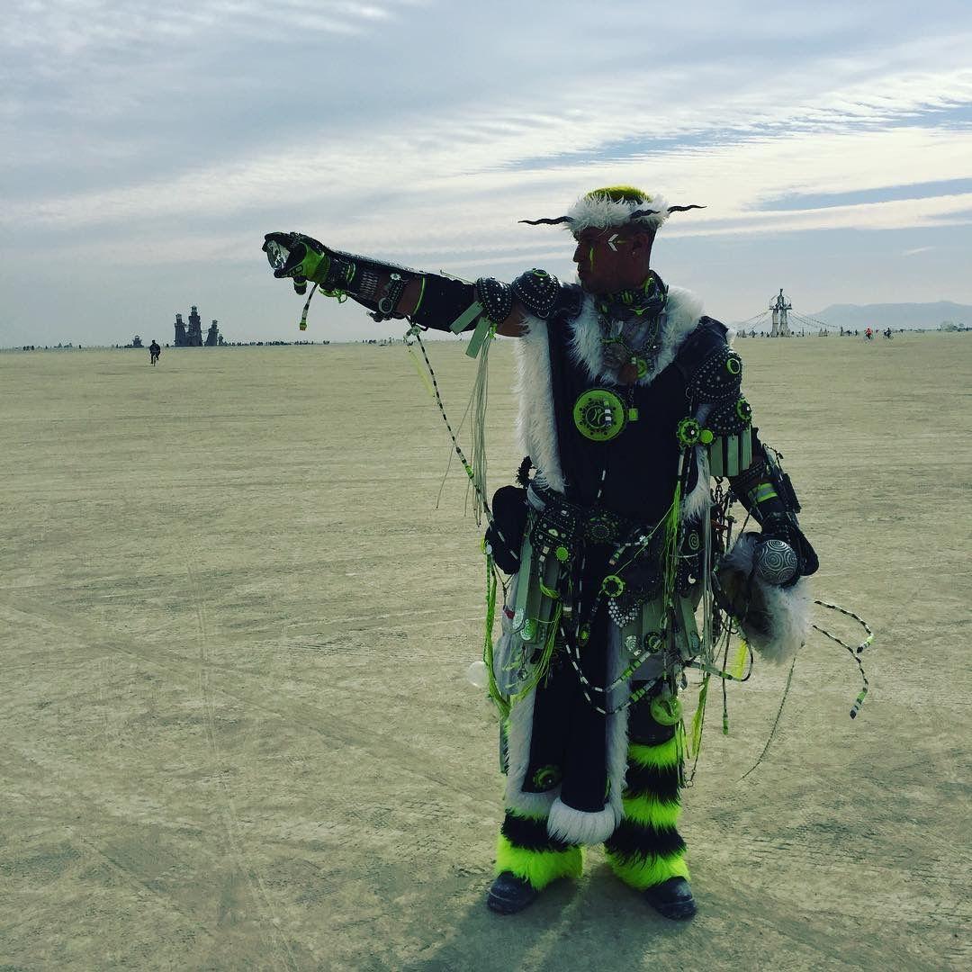 Enki - Techno Shaman.  #technoshaman #shaman #futureprimitive #tribal #primitive #annunaki #ancientaliens #crystalofpower#crownofdestiny #hornedcrown #crystal #burningman #burningman2016 #enki #facepaint #warpaint #costume #cosplay #ritual #power #limegreen #neongreen #mage #mystic #magician #warlock