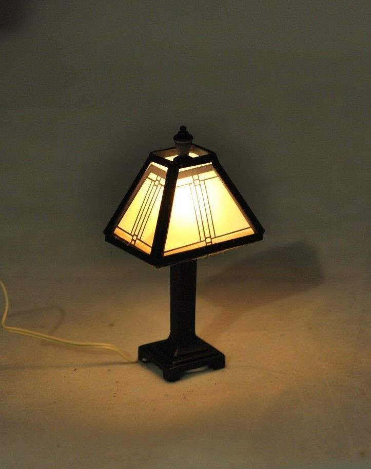 Dollhouse Miniature 1:12 Scale LED Battery Gold Floor Lamp with Clear Shade