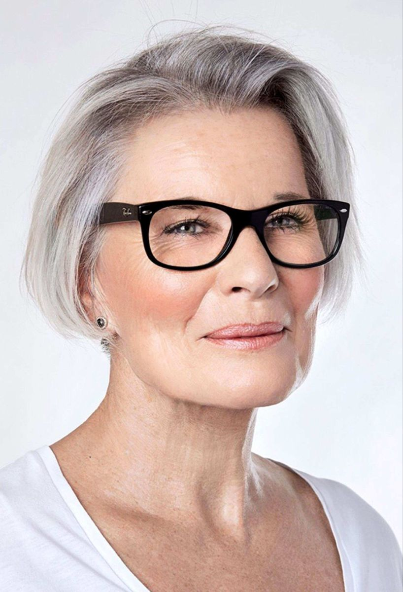 70 Hairstyles For Women Over 50 With Glasses Grey Hair And Glasses Older Women Hairstyles Short Hair Styles