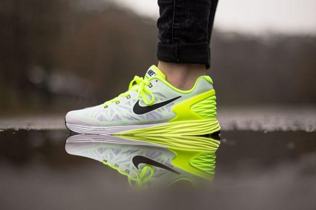 Nike Lunarglide 6 Gs Volt Liquid Lime Sneaker Freaker Nike Lunarglide Nike Sneakers