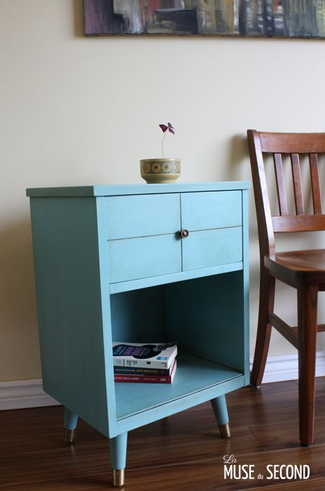 Table de chevet style retro Annie Sloan CHALK PAINT couleur - Peindre Table De Chevet