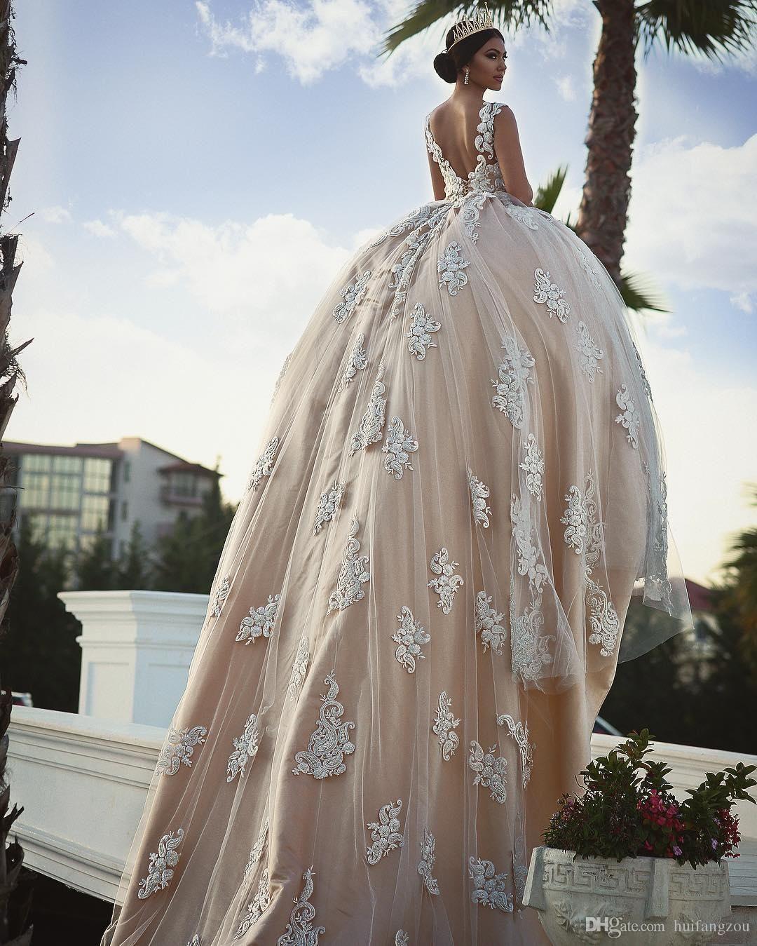 Cheap vintage lace ball gown wedding dresses delicate appliques