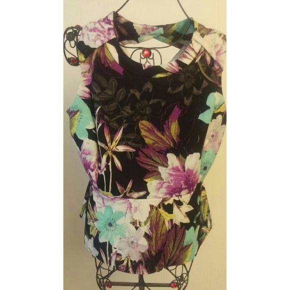 Beautiful xl Floral top stretchy Worthington Tops Blouses