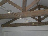 eclairage rustique c ble tendu avec led lumi res eclairage plafond poutre plafonds et. Black Bedroom Furniture Sets. Home Design Ideas