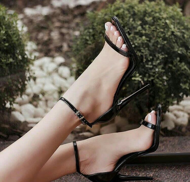 Women's nude block heel sandals ankle strap patent leather shoes for music festival, ball, date