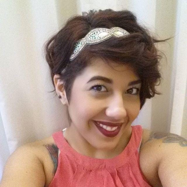 Auf Der Suche Nach Haarschmuck Für Kurzes Haar Mit Dem Passenden