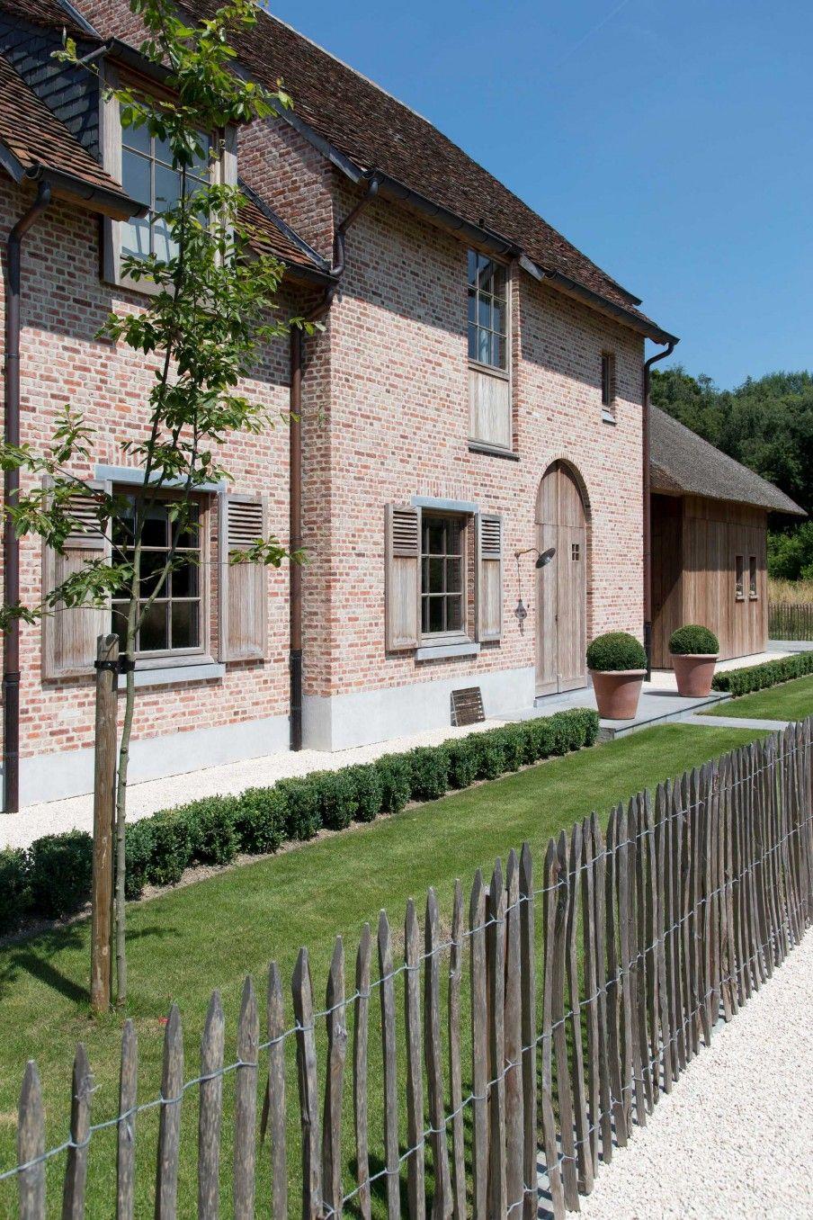 villa-exterieur-jardin