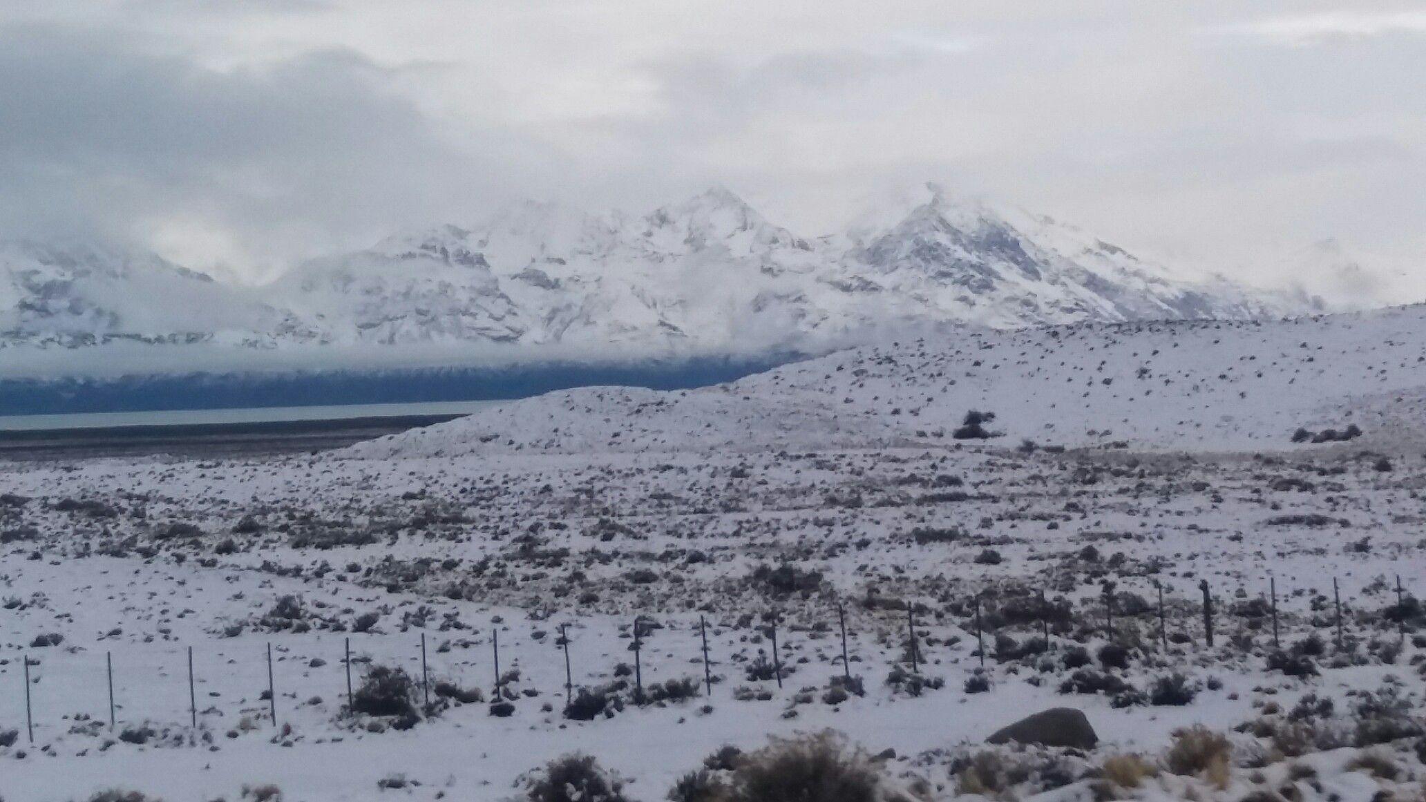 Lago viedma y glaciar camino al chalten