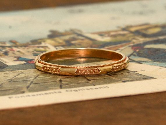 Hey, I found this really awesome Etsy listing at https://www.etsy.com/listing/239133154/antique-1920s-14k-rose-gold-wedding-band