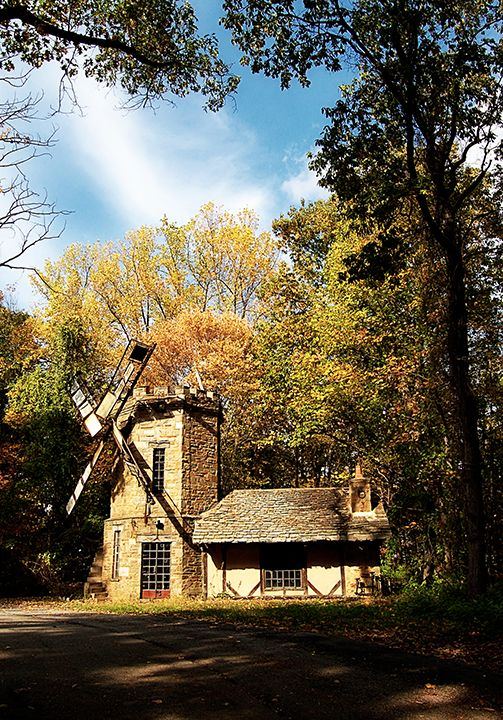 The Medieval Tudor Inspired Windmill At Cloisters Wedding Venue Baltimore Maryland Music