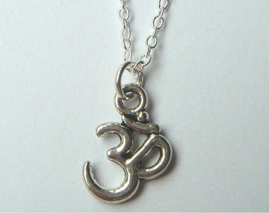 Om Ohmaum Symbol Pendant Necklace Tibetan Silver Charms Jewelry