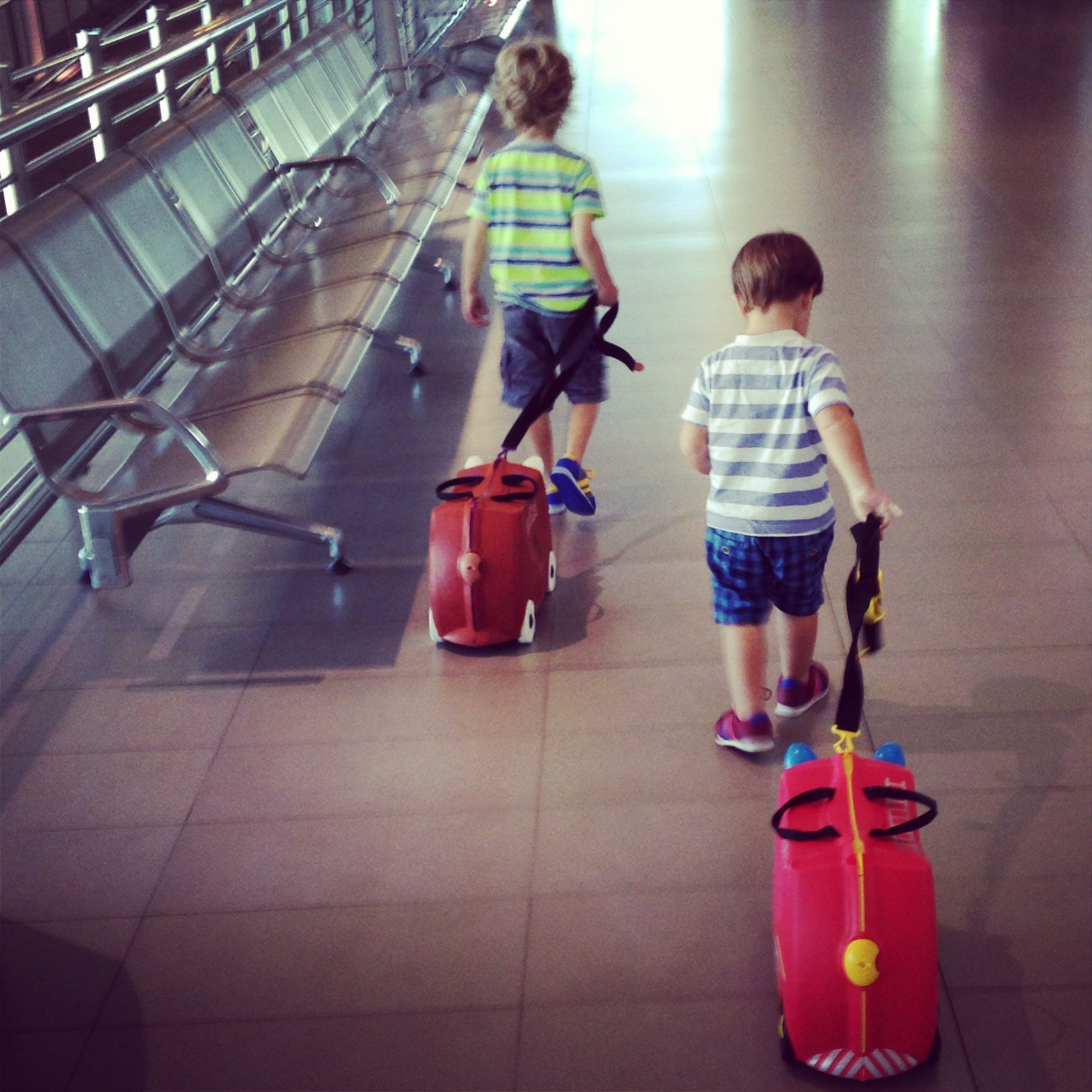GLOBAL CITIZEN OR EXPAT BRAT? GROWING UP GLOBAL, WITHOUT THE BAGGAGE