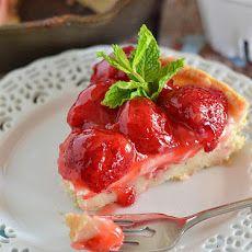 Strawberries and Cream Dessert Pizza