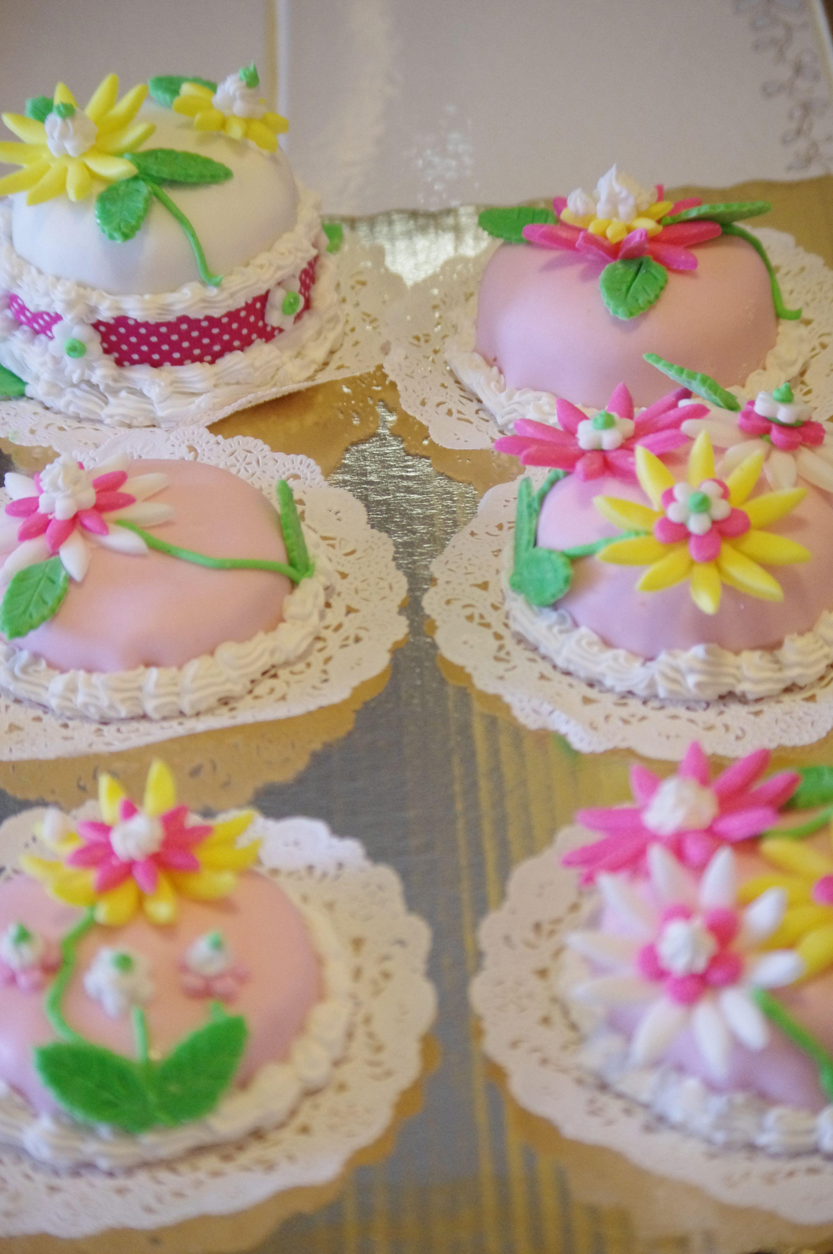 Fondant mini cakes for a breast cancer fundraiser.