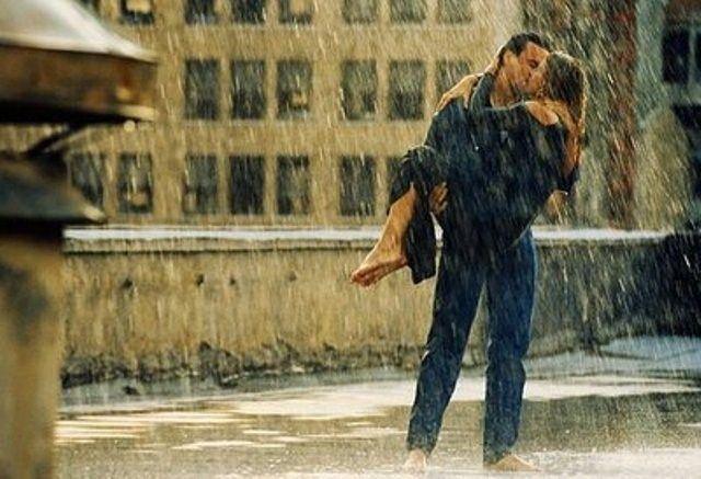 Let The Rain Fall Down Kissing In The Rain Romantic Couple Kissing Romantic Kiss