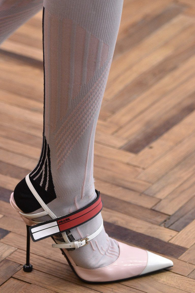 prada resort 2018 withoutstereotypes shoes style pinterest resorts shoes high. Black Bedroom Furniture Sets. Home Design Ideas