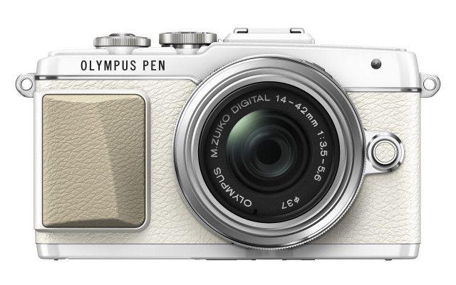 Olympus PEN E-PL7 i niezwykła sztuka seryjnych selfies