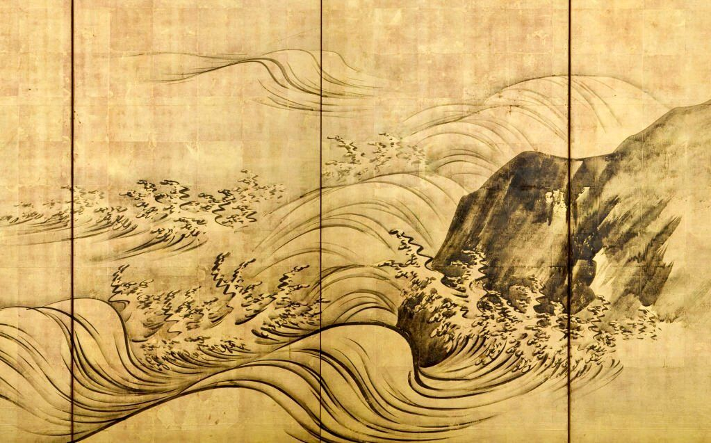 detail meiji period 19th century one of a pair of six panel japanese folding screens with a dramatic design of ocean waves and rocks in ink on gol 日本画 等伯 壁画