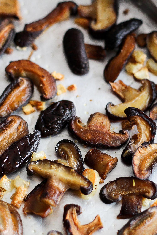 Garlicky Roasted Shiitake Mushrooms Worthy Pause Shiitake Mushrooms Recipes Shiitake Recipes Mushroom Recipes Healthy