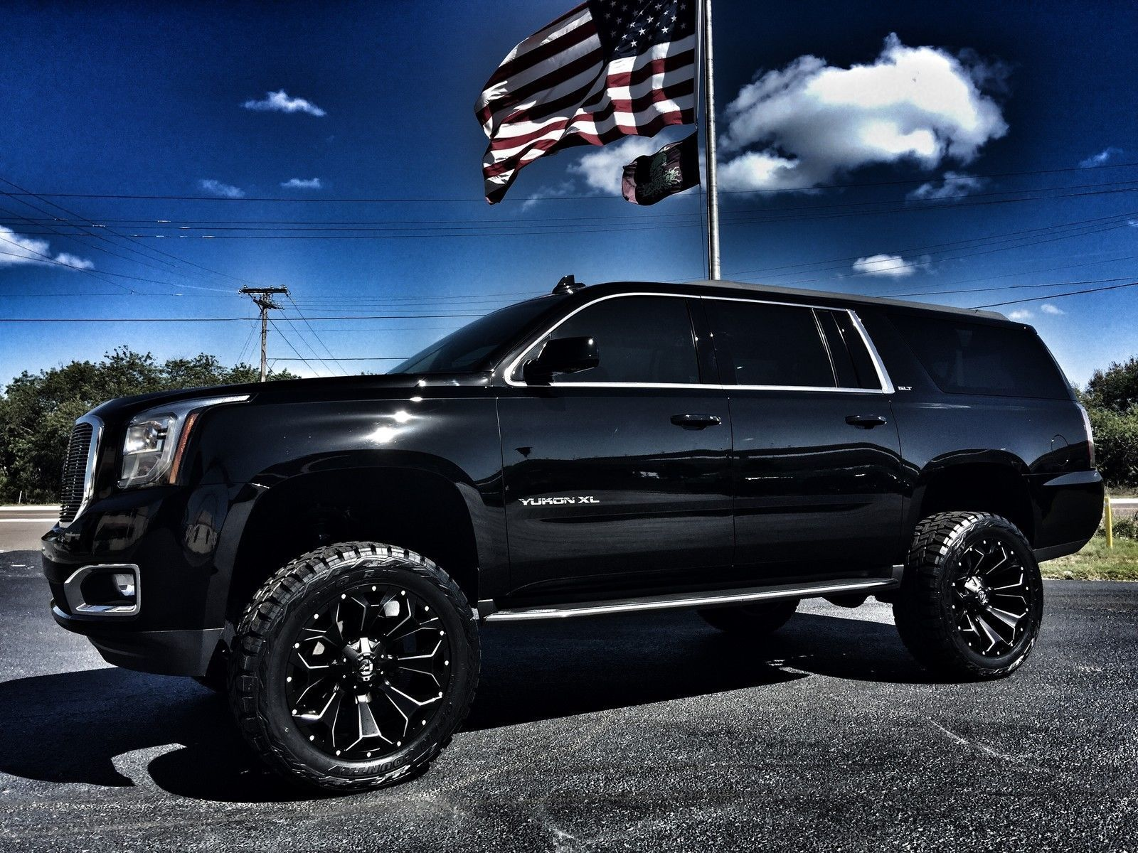 2016 Gmc Yukon Black Black Custom Lifted Slt 22 Fuel Ebay Black Tahoe Gmc Yukon Diesel Trucks