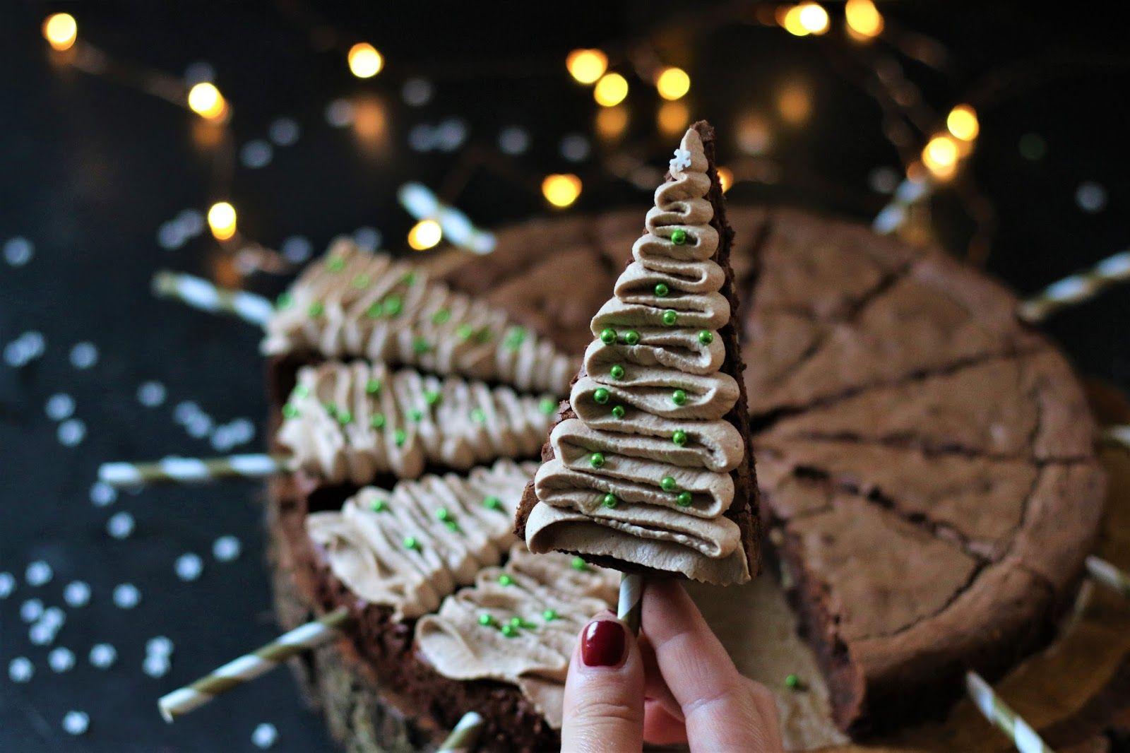 Tannenbaum Brownies mit Cappucino Sahne von Lecker macht süchtig, Sugarprincess Christmas Cookie Club 2017, Foodblogger Adventskalender mit Gewinnspiel