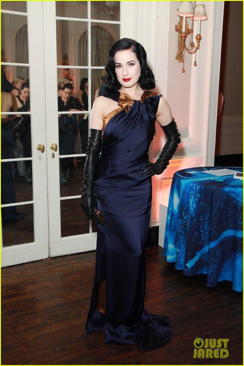 Dita Von Teese in Carolina Herrera gown, Dita Von Teese Glove ...