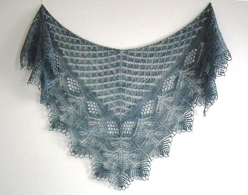 Ravelry (Strose629). I wish this image was tagged with the pattern title?