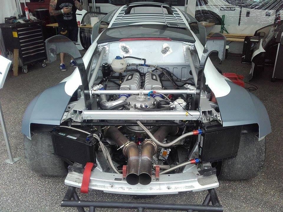 Audi R8 With A Twin Turbo 5 2 L V10 Twin Turbo Audi R8 Audi
