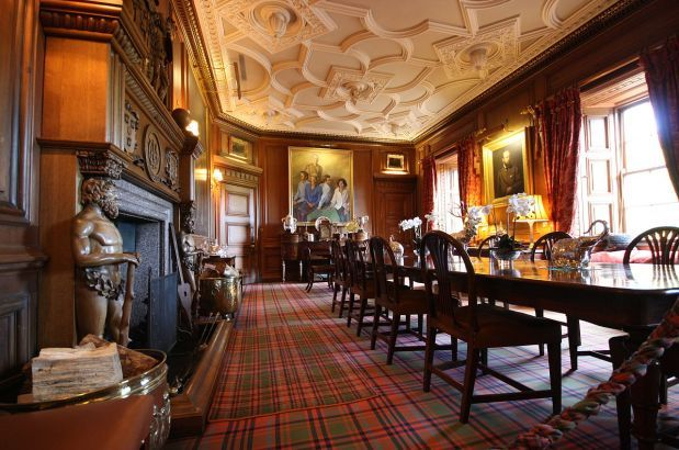 Dining Room Ballindalloch Castle © Andrea Lessona  Classic Magnificent Castle Dining Room Design Ideas