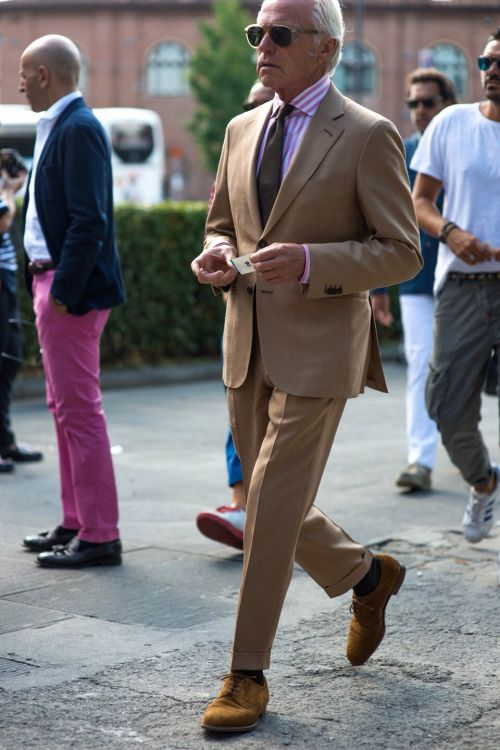 Caramel Colored Summer Suit + Bengal Striped Shirt in Pink and White  (spotted at Pitti